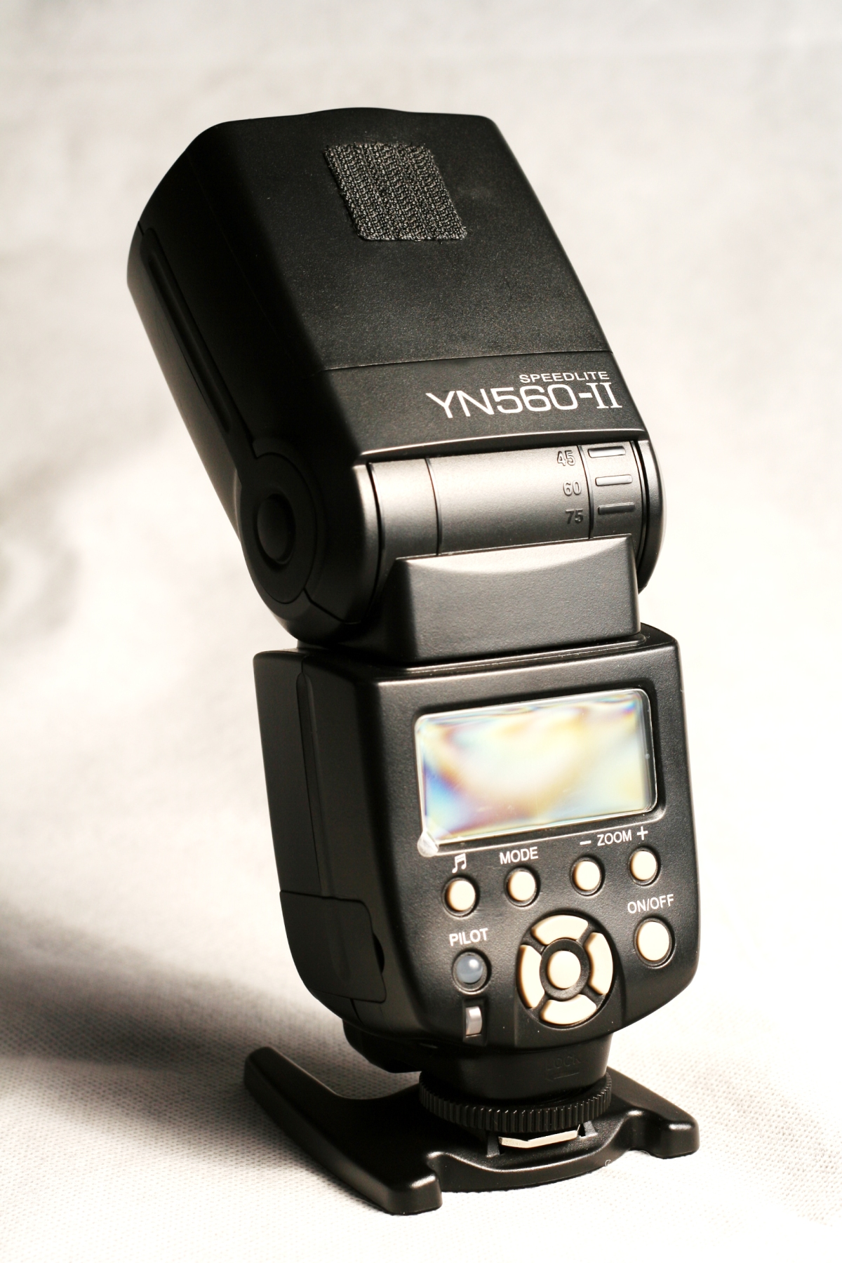 Speedlight Review (Yongnuo YN-560 II)